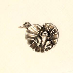 Sterling silver frog pendant